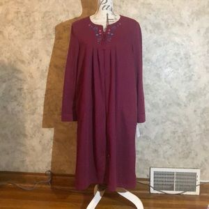 Rebecca Malone* Woman's Zipper Front Robe